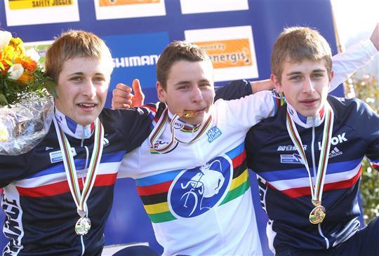 Clément Venturini (ici, au centre) avait été sacré champion du Monde Junior en 2011 à Sankt Wendel.