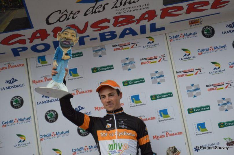 Damien Le Fustec sur le podium de La Gainsbarre 2012 / Perrine Sauvey