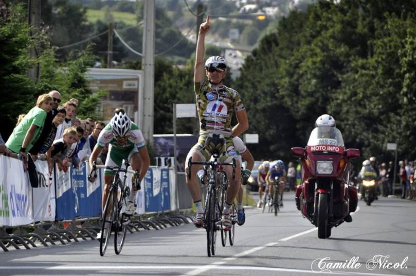 Agglo Tour : Malin, Maxime Renault remporte la 1ère étape devant Benoit Sinner. L'image est trompeuse...