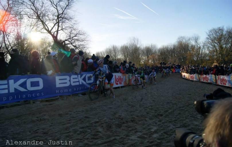 Le public était venu en masse dans le sable belge de Koksijde