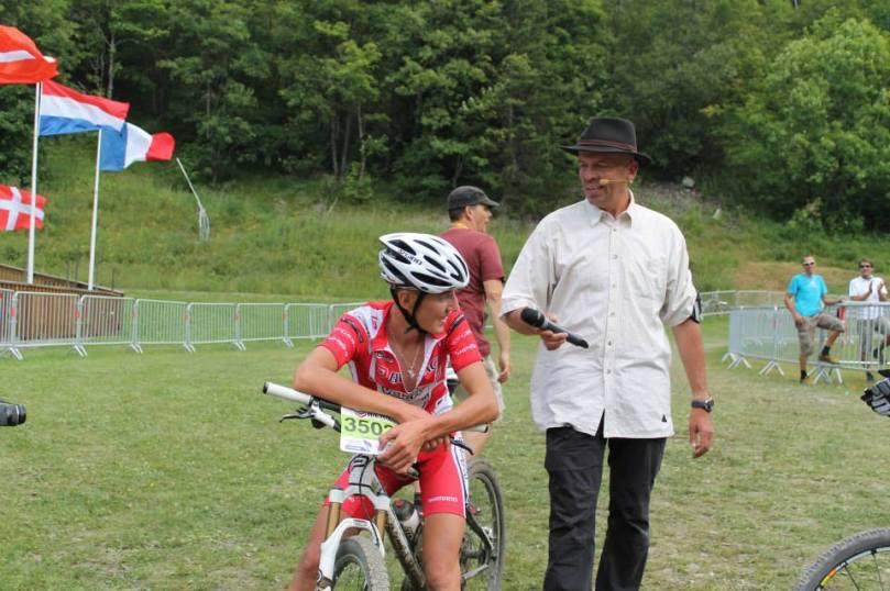 Eric Davaine, un speaker toujours au contact des coureurs