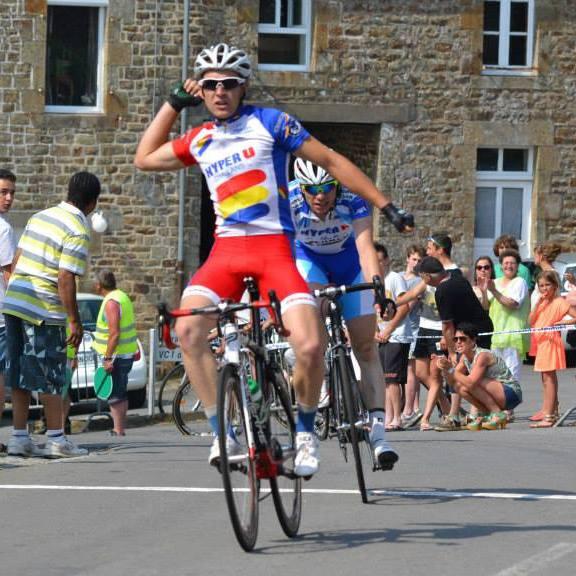 Simon Sellier rejoint Vendée U en 2014 pour découvrir la catégorie des Espoirs