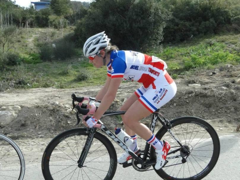 Dossard 22, Clara Copponi (Bouches-du-Rhône) sera observée