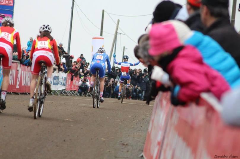 À Lanarvily, les Juniors ont fini leur course avec un tour de retard / Gwendolène Poisson