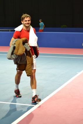 Hugo Nys, soulagé d'avoir pu terminer en deux sets. / ©David Caro