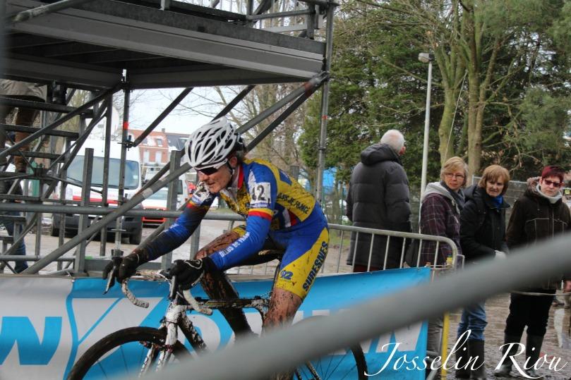 Laure_Bouteloup_Suresnes_Bleus_de_France_cyclocross